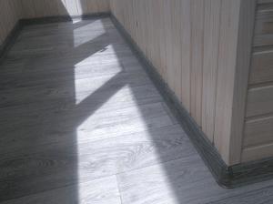 Настил пола на балконе